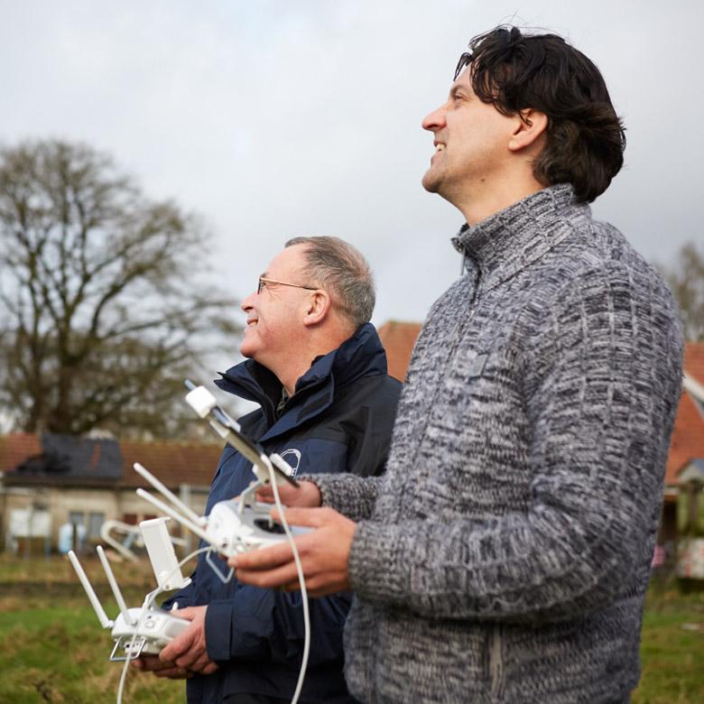 drone-vliegen-weiland-3